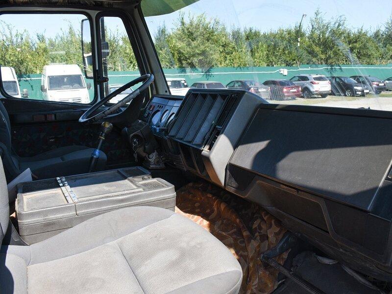 Mercedes-Benz Фургон (6х2)